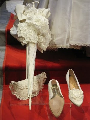 Diana's Parasol, Purse & Wedding Shoes – Princess Diana ...