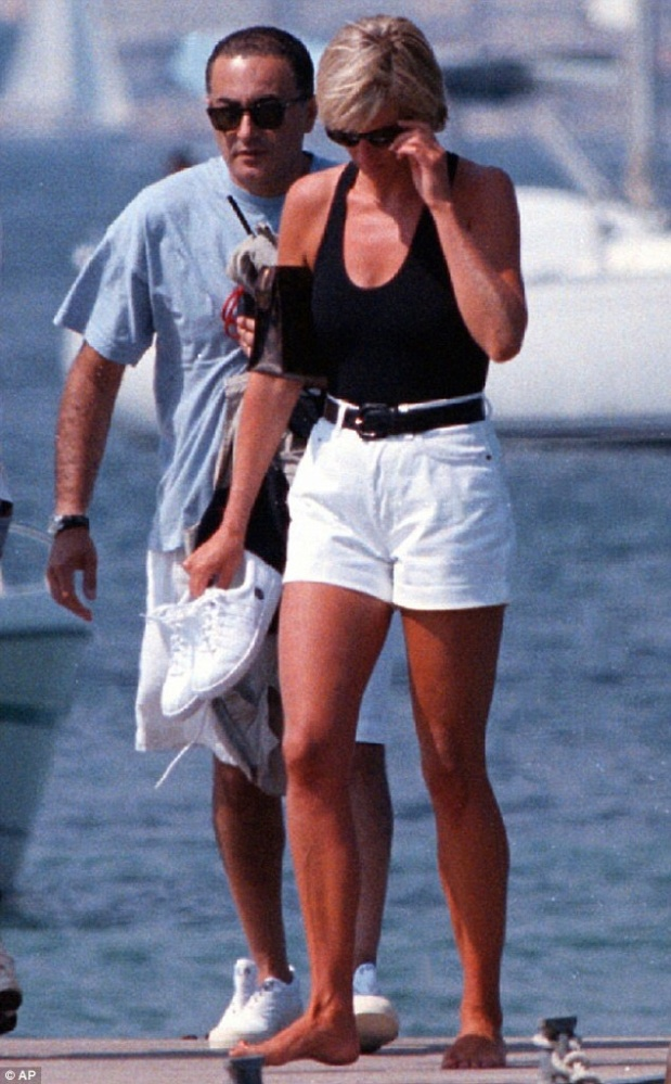 PRINCESS DIANA DODI AL-FAYED LOVE NEST UP FOR SALE IN ST. TROPEZ BY HIS FATHER