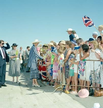 January 28, 1988: Prince Charles & Princess Diana greeting the waiting crowds in Adelaide, Australia.