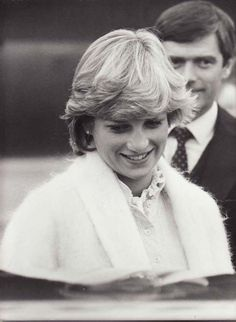 27 FEBRUARY 1982 CAREFREE DI RETURNS TO ENGLAND FROM HER 10 DAY BAHAMIAN HOLIDAY