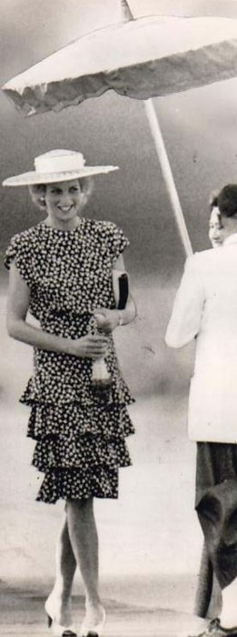 Prince Charles And Princess Diana Arrive In Bankok To A