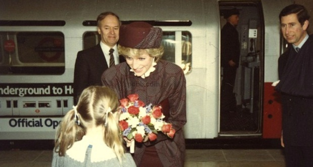 1 APRIL 1986 PRINCE CHARLES AND PRINCESS DIANA OPEN HEATHROW'S NEW TERMINAL 4