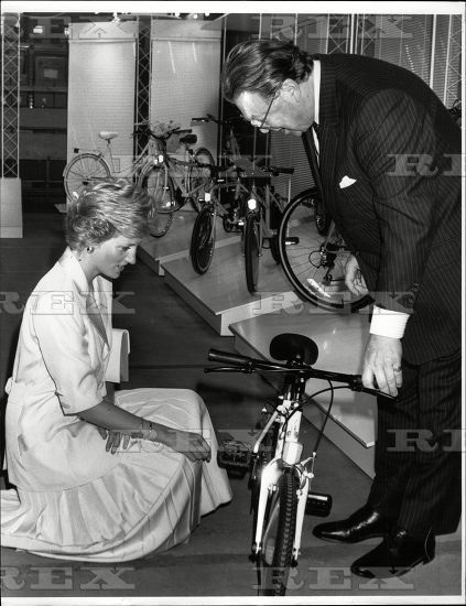 Receiving a Raleigh bicycle as a gift for Prince Harry