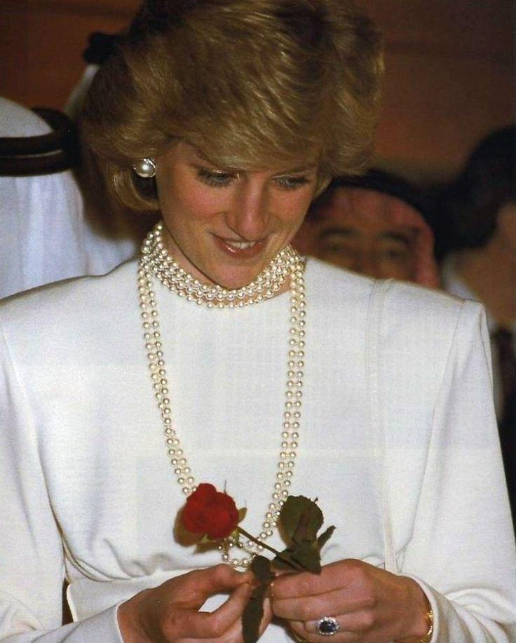 Princess diana expo 86 vancouver canada princess diana for Princess diana new photos