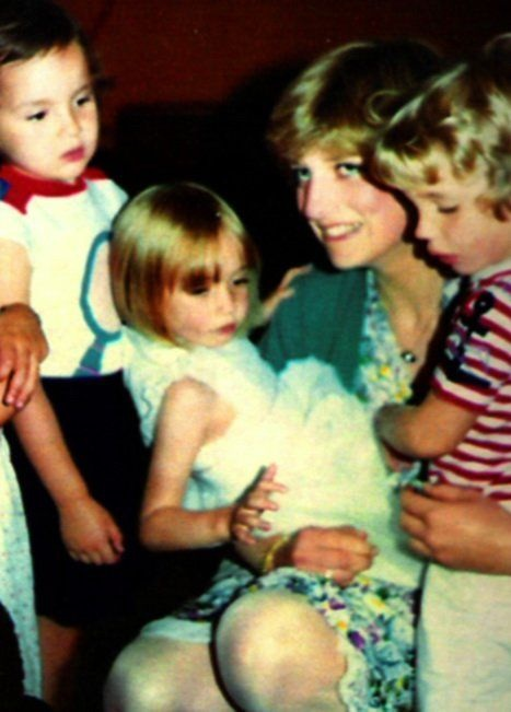 14++ Princess Diana Young Pictures
